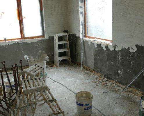 Behandeling opstijgend vocht en pleisterwerken