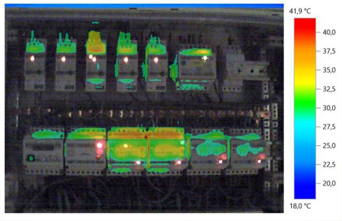 Thermografische foto zekeringkast